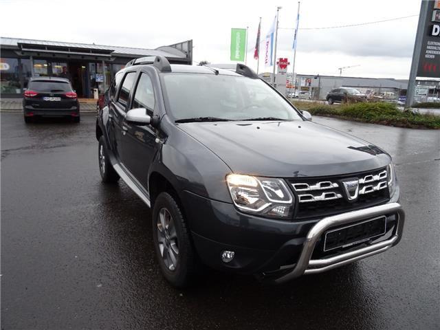 DACIA DUSTER (08/2015) - grey - lieu: