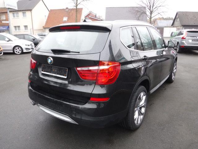 Left hand drive BMW X3 xDrive20d Panorama