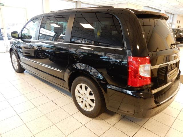 Left hand drive CHRYSLER GD VOYAGER Town & Country