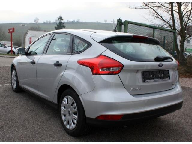 FORD FOCUS (07/2017) - silver