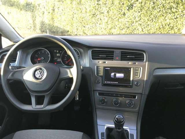VOLKSWAGEN GOLF (06/2016) - white - lieu: