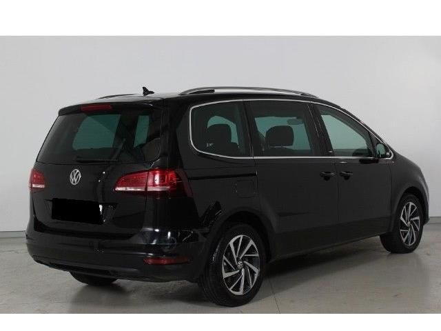 VOLKSWAGEN SHARAN (04/2017) - black