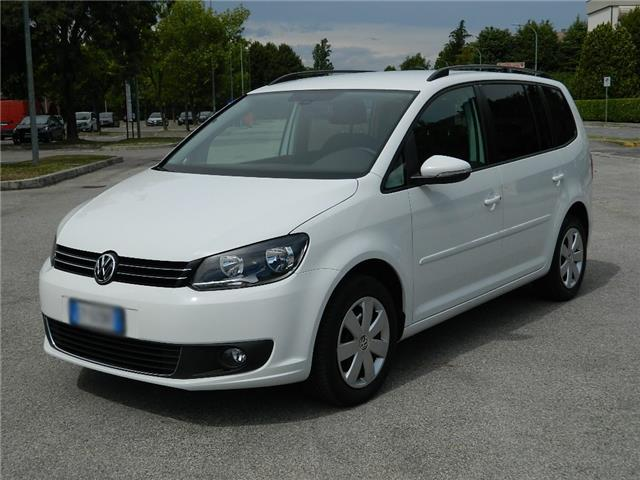 Left hand drive car VOLKSWAGEN TOURAN (02/2016) - white - lieu: