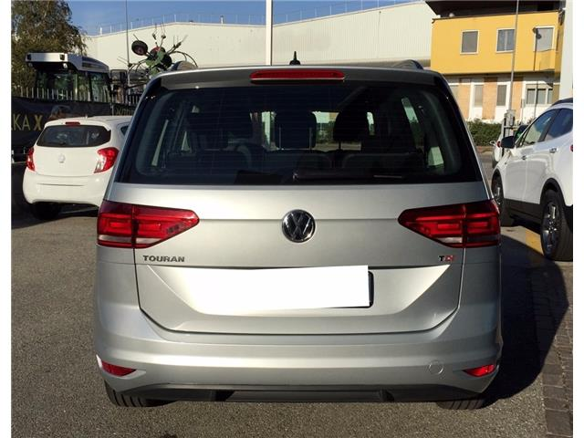 lhd car VOLKSWAGEN TOURAN (03/2017) - grey - lieu: