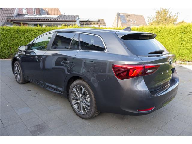 Lhd TOYOTA AVENSIS (11/2017) - grey