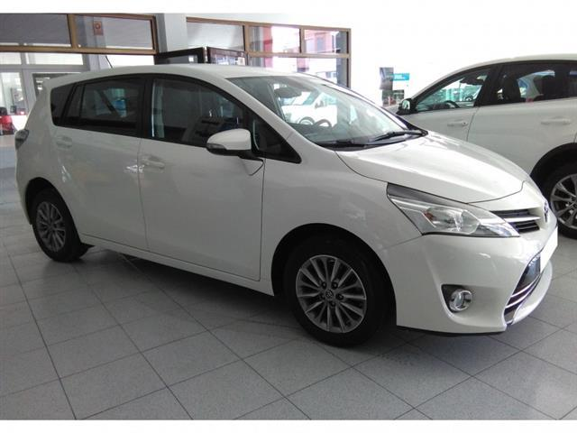 Left hand drive TOYOTA VERSO  Advance 7 seats