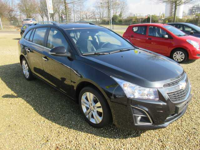Lhd CHEVROLET CRUZE (02/2014) - black