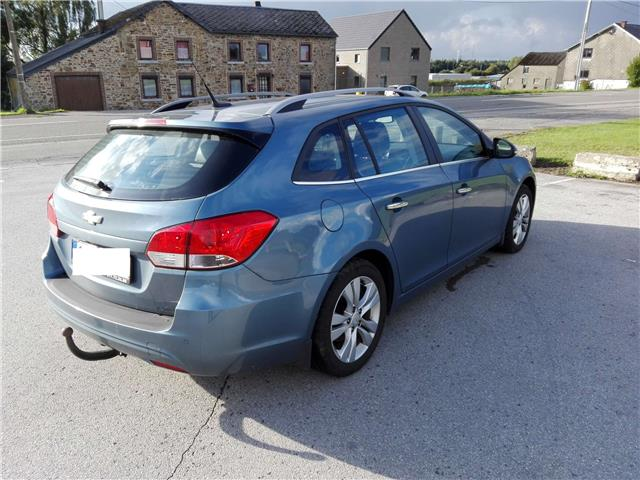 lhd car CHEVROLET CRUZE (01/2014) - blue