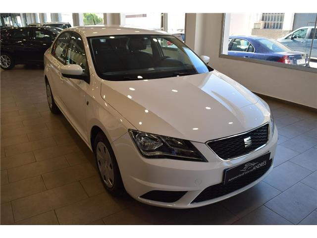Left hand drive car SEAT TOLEDO (04/2015) - white - lieu: