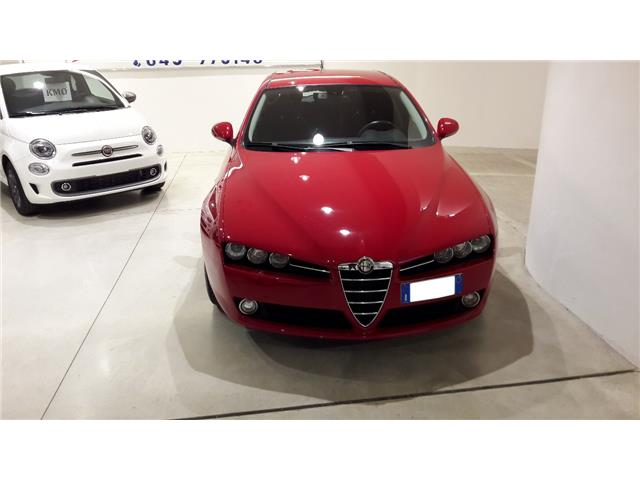 lhd ALFA ROMEO 159 (06/2013) - red
