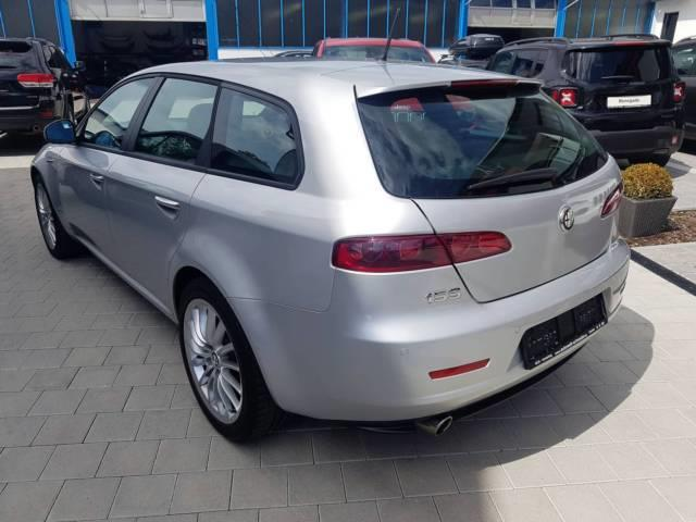 Left hand drive car ALFA ROMEO 159 (11/2011) - grey - lieu: