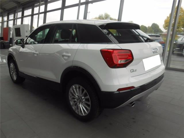 lhd car AUDI Q2 (01/2017) - white