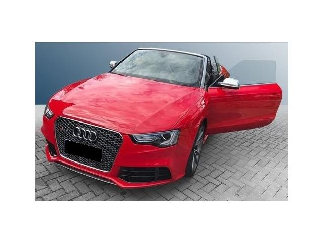 AUDI RS5 (04/2015) - red - lieu: