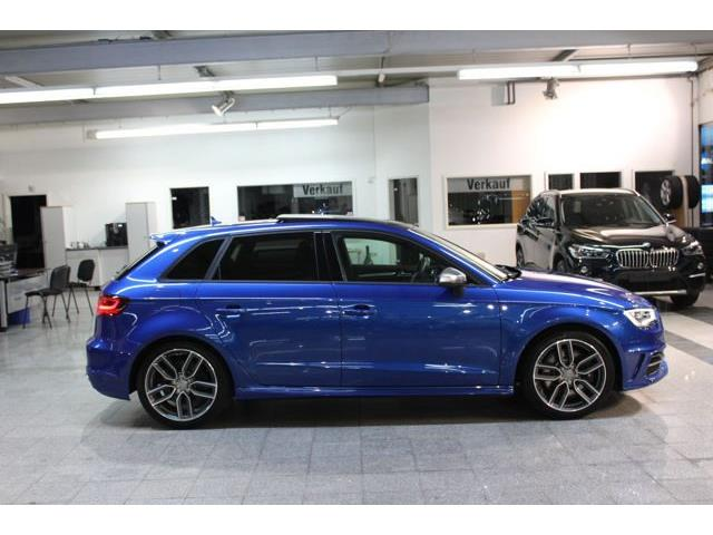 Left hand drive car AUDI S3 (01/2016) - blue - lieu: