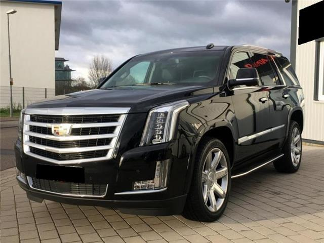 CADILLAC ESCALADE (05/2017) - black