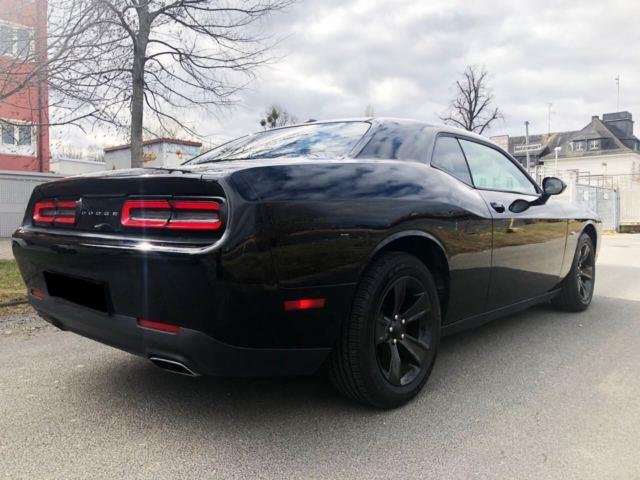 Left hand drive DODGE CHALLENGER SXT Plus