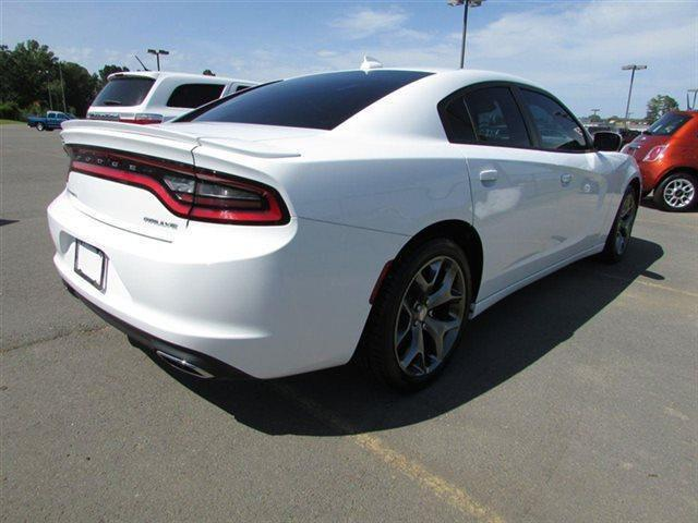lhd car DODGE CHARGER (01/2015) - white - lieu: