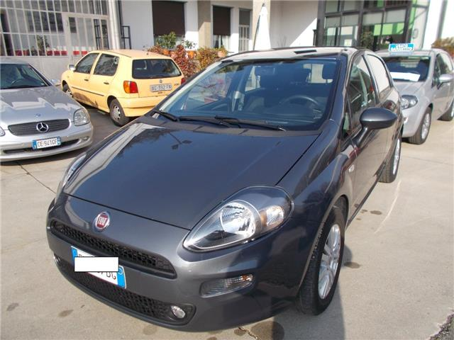 lhd car FIAT PUNTO (01/2017) - grey - lieu: