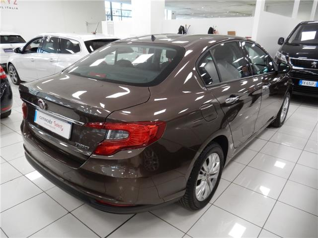 FIAT TIPO (05/2016) - brown - lieu: