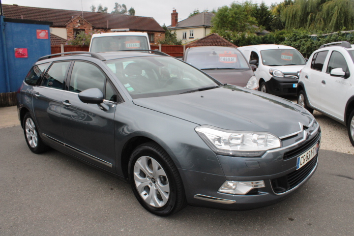 left hand drive CITROEN C5 (06/2012) - GREY - lieu:
