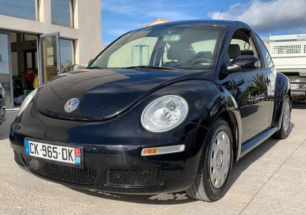 Left hand drive VOLKSWAGEN NEW BEETLE 1.4i FRENCH REG
