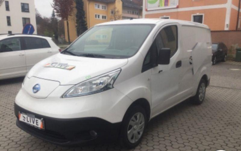 Left hand drive NISSAN NV200 ELECTRIC PANEL VAN