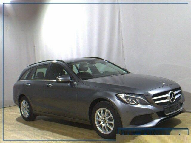 Left hand drive MERCEDES C CLASS 200 T ESTATE
