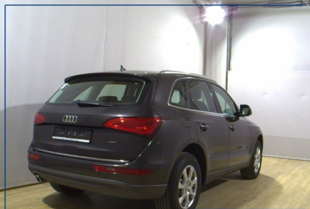 Left hand drive AUDI Q5  Quattro T-Leather Navigation