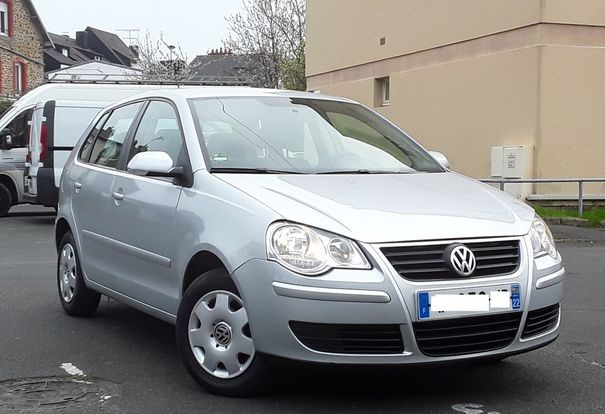 Left hand drive VOLKSWAGEN POLO 1.2 70 UNLIMITED FRENCH REG