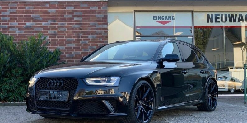 lhd AUDI RS4 (04/2013) - BLACK - lieu:
