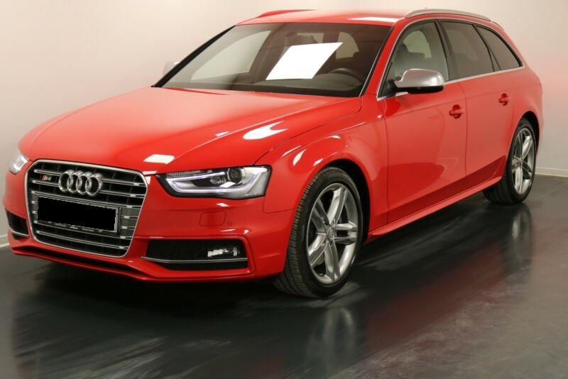 lhd AUDI S4 (04/2013) - RED - lieu: