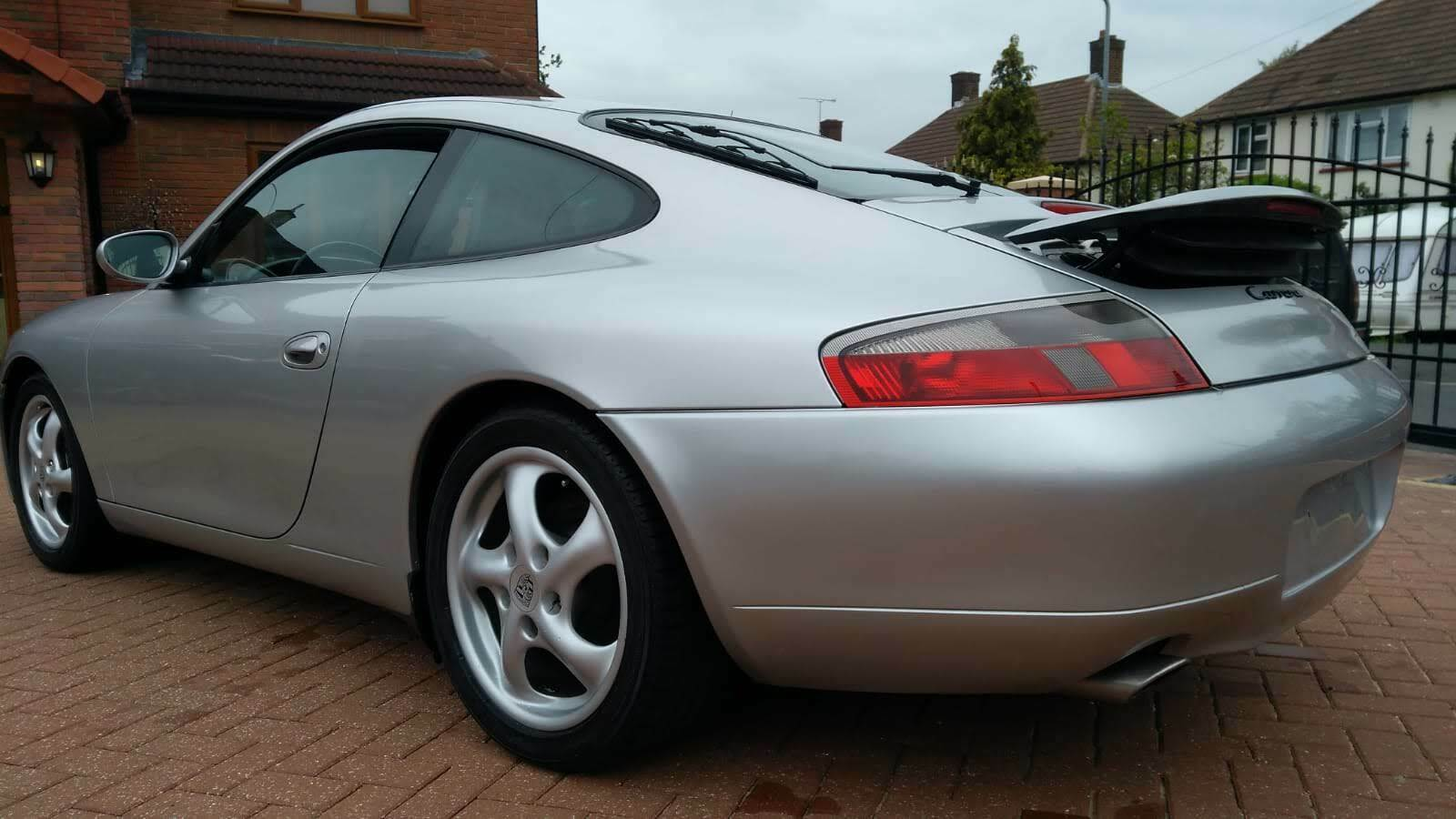 Left hand drive PORSCHE 911 996 3.4 COUPE UK REG