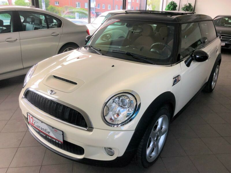 lhd MINI CLUBMAN (04/2009) - WHITE