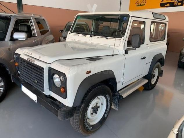 LANDROVER DEFENDER (05/2006) - WHITE