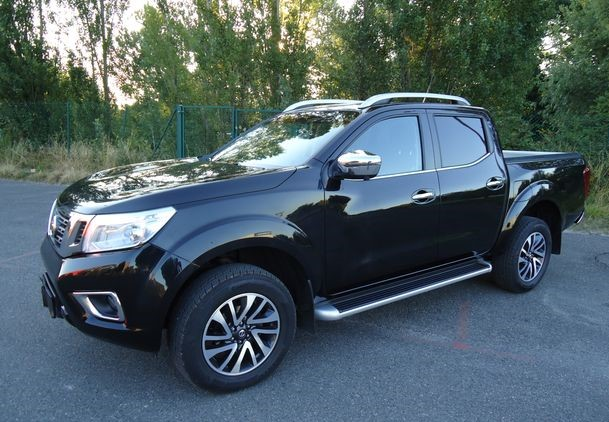 Left hand drive NISSAN NAVARA 2.3 dci 190 cv np300 connecta 190 HP FRENCH REG