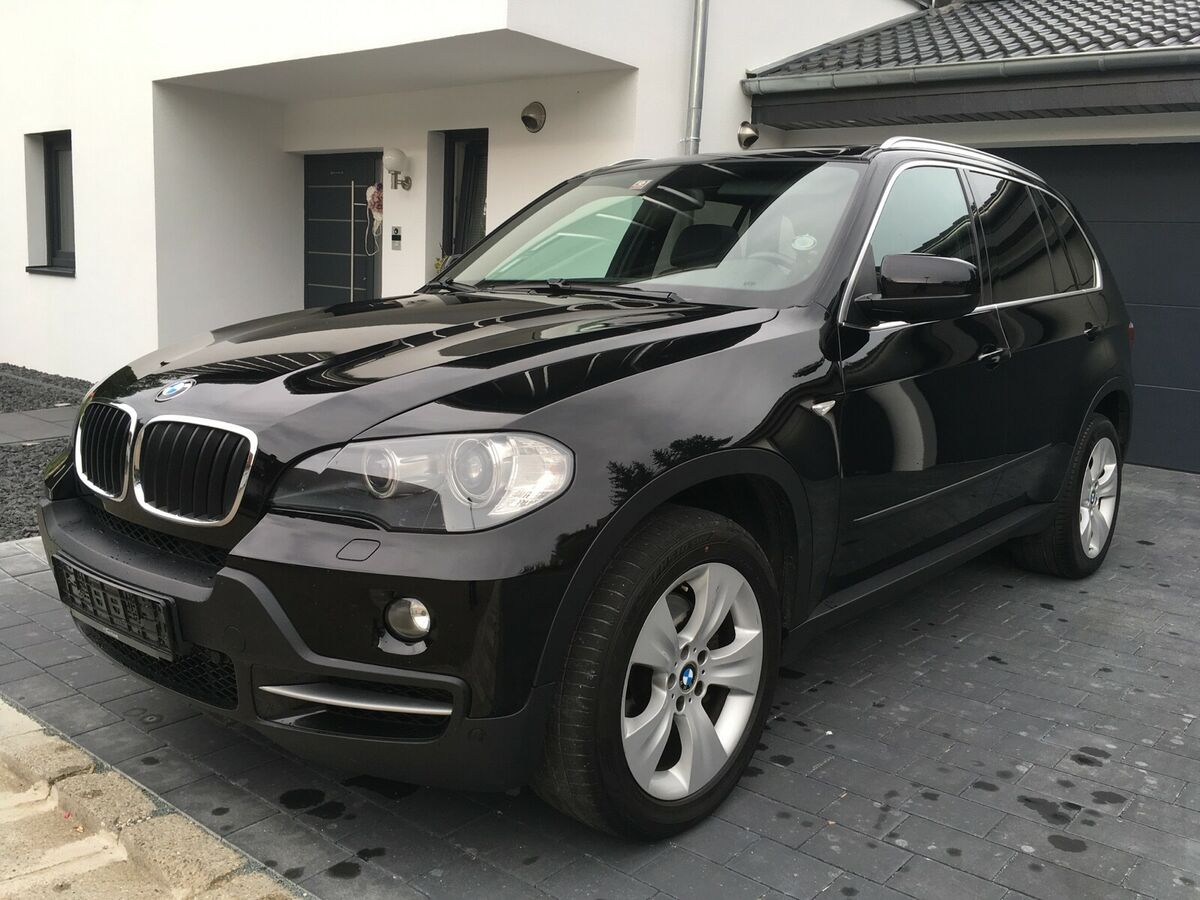 Left hand drive BMW X5 xDrive30d Sportpaket Head Up 7 seats