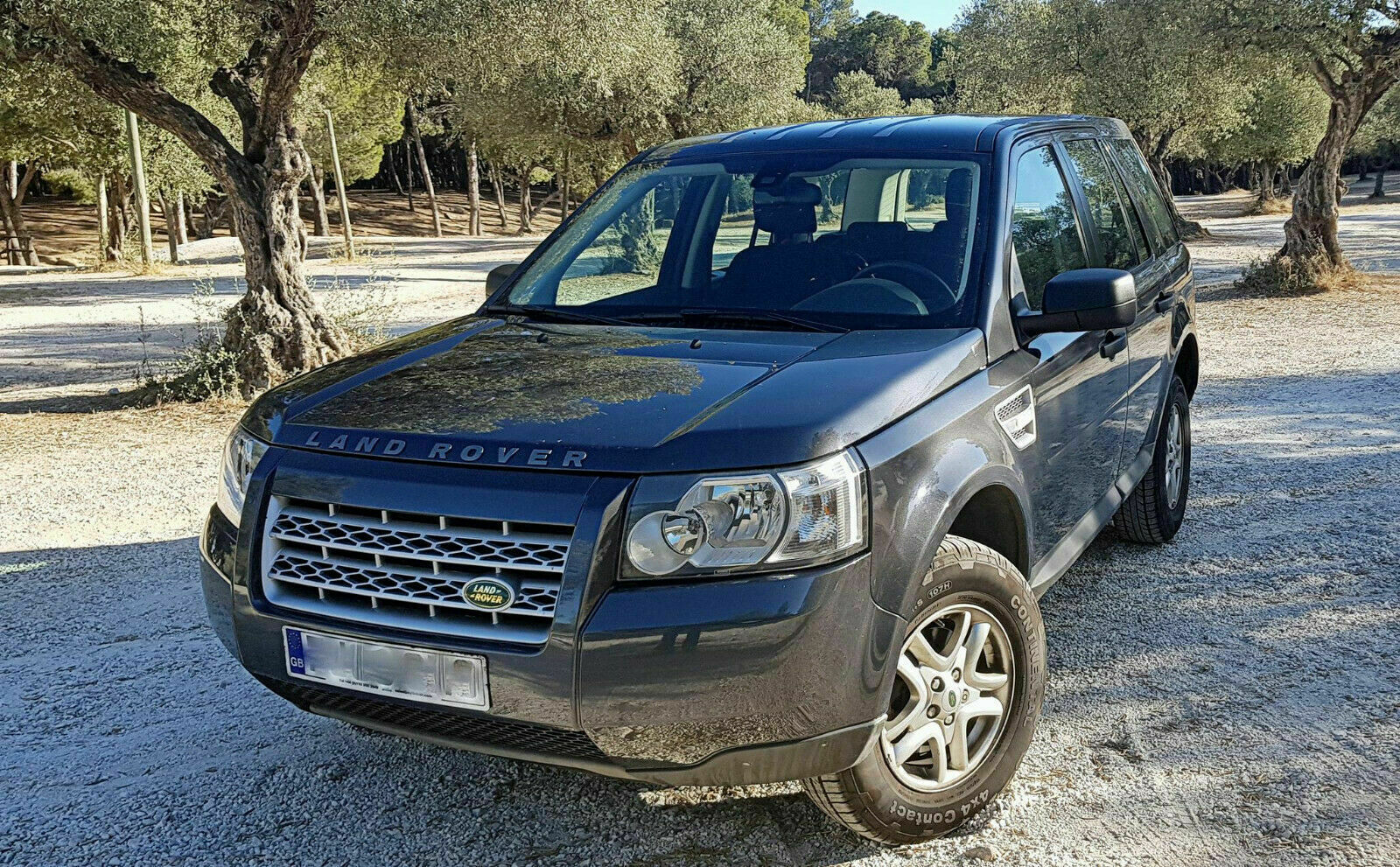 Left hand drive LANDROVER FREELANDER 2.2D AUTO UK REGISTERED