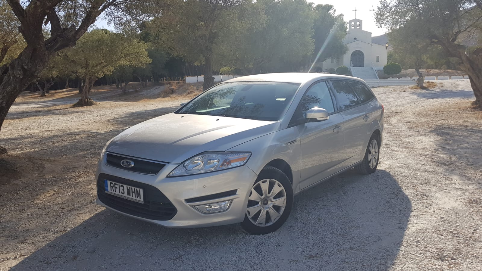 Left hand drive FORD MONDEO 1.6 TDCI UK REG