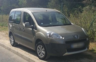 lhd PEUGEOT PARTNER (04/2015) - BROWN