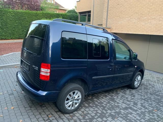 VOLKSWAGEN CADDY (04/2011) - BLUE - lieu: