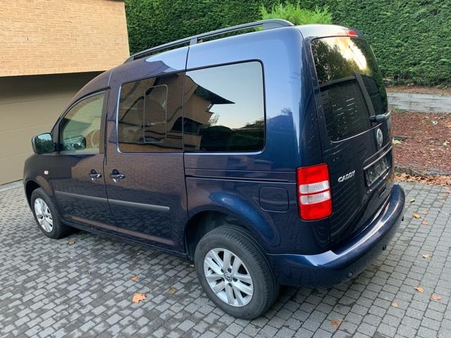 left hand drive VOLKSWAGEN CADDY (04/2011) - BLUE - lieu: