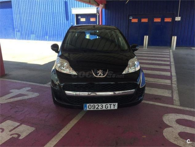 Left hand drive PEUGEOT 107 1.0 DOOR SPANISH REG