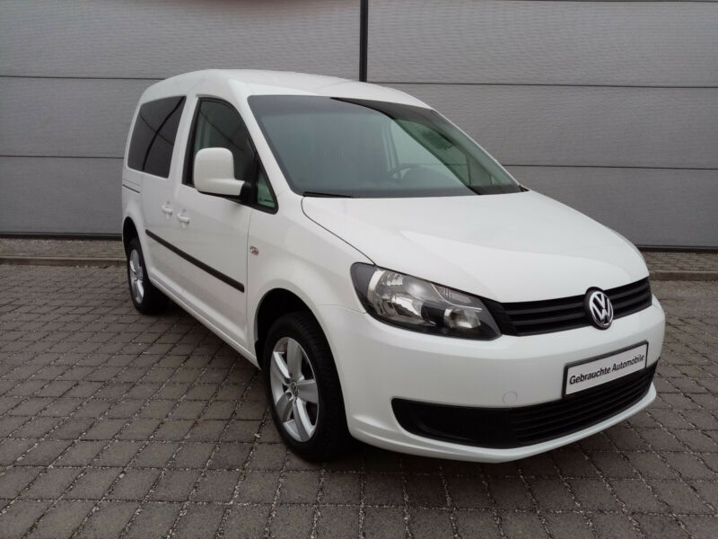 Left hand drive VOLKSWAGEN CADDY 5 SEATER 4MOTION