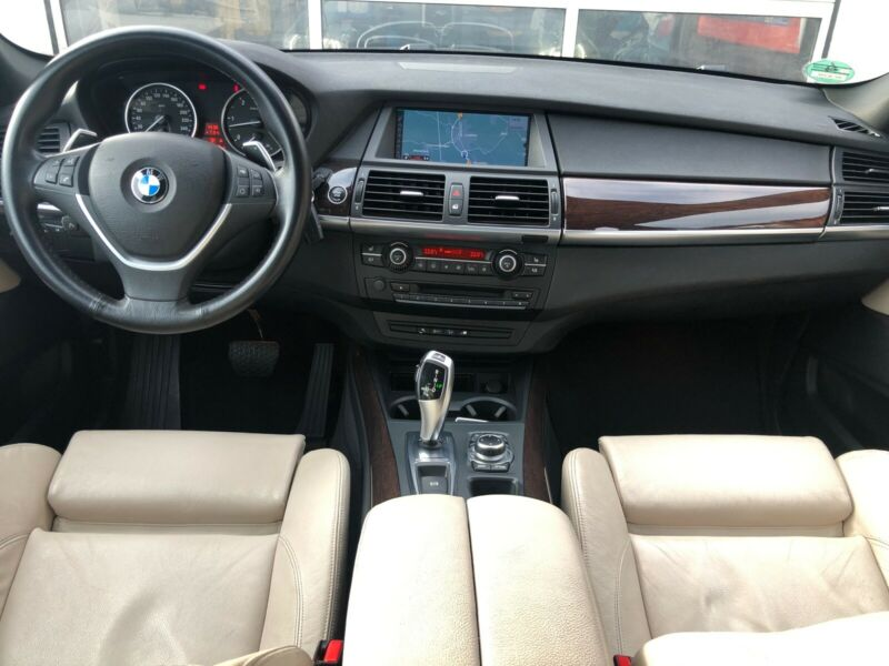 Left hand drive BMW X5 30D 7 SEATS PANORAMIC