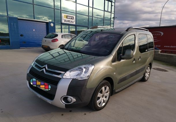 lhd CITROEN BERLINGO (12/2009) - GREEN - lieu: