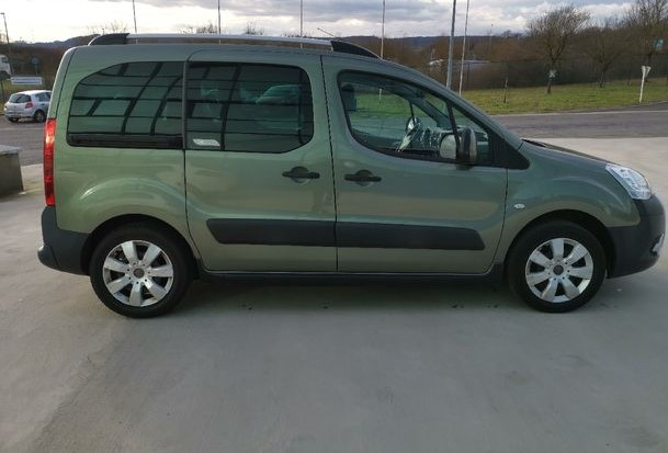 CITROEN BERLINGO (12/2009) - GREEN - lieu: