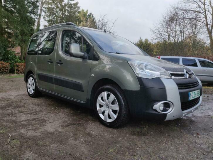lhd CITROEN BERLINGO (04/2012) - GREEN - lieu: