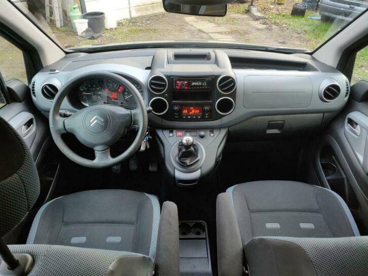 CITROEN BERLINGO (04/2012) - GREEN - lieu: