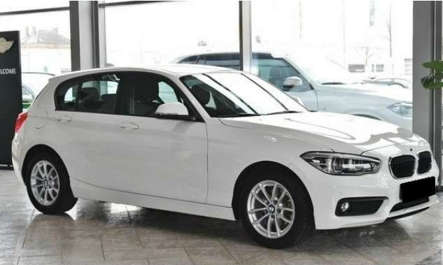 Left hand drive BMW 1 SERIES 116 D NAVIGATION