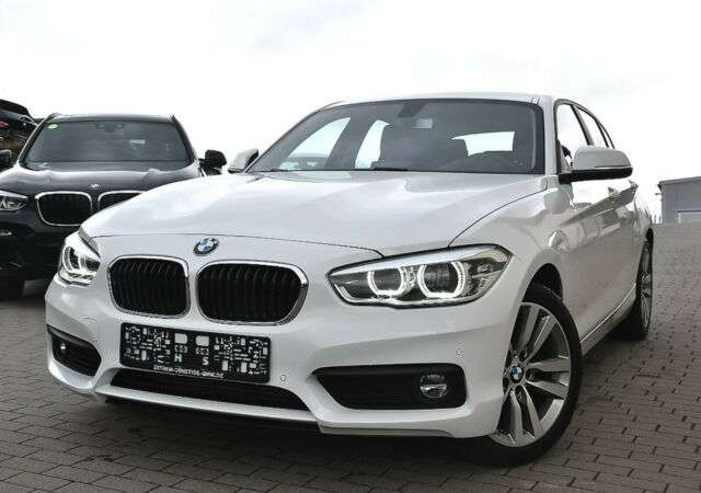 Left hand drive BMW 1 SERIES 118i